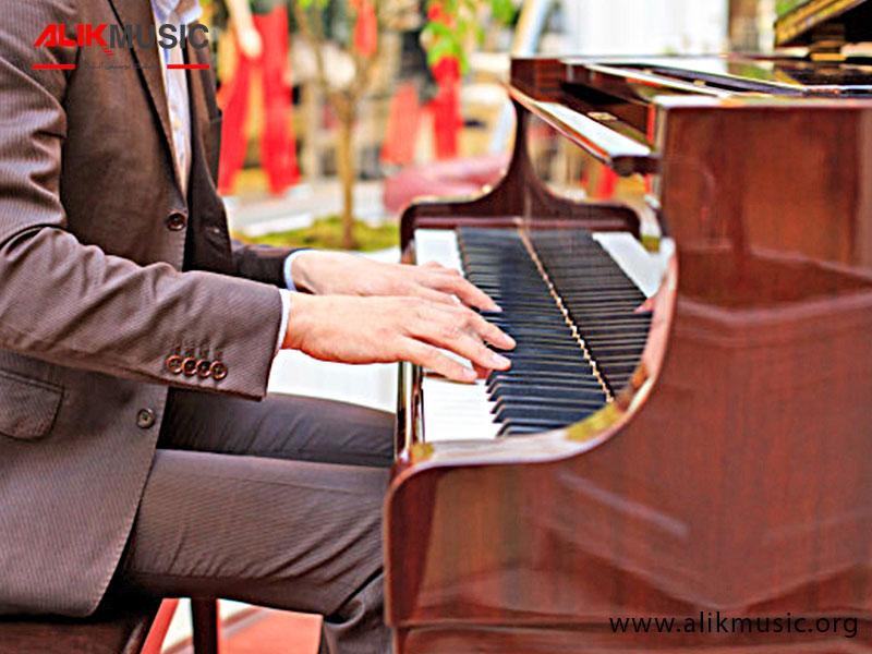 کلاویه پیانو آکوستیک