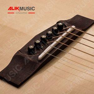 AD810 گیتار کورت